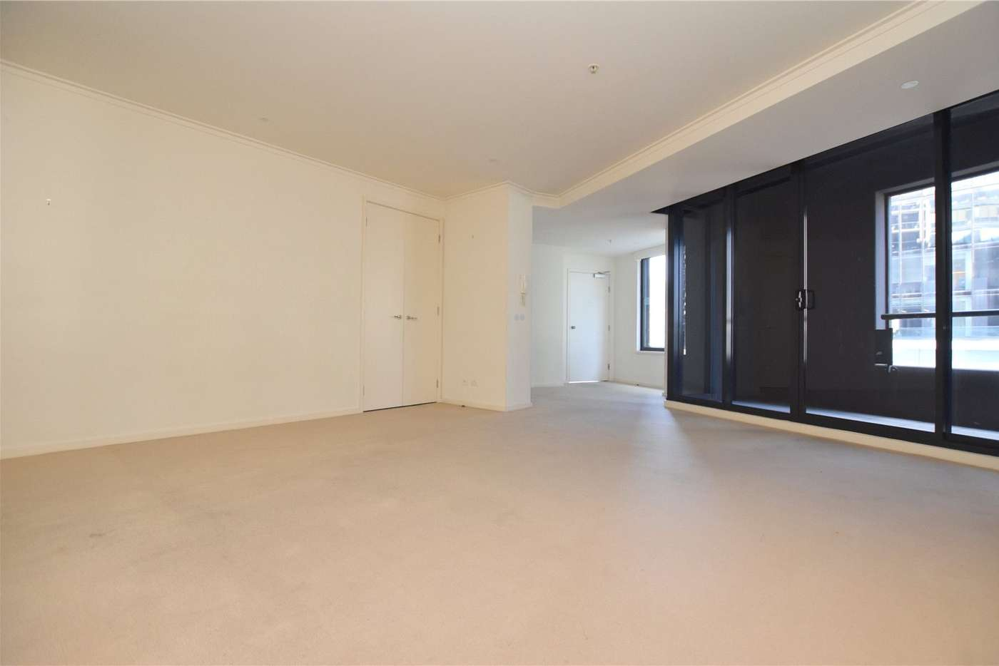 Main view of Homely apartment listing, 8/46 Clarendon Street, Southbank VIC 3006