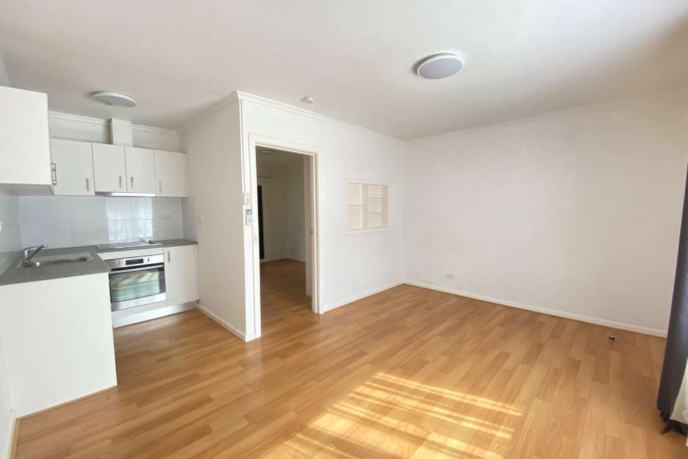 Second view of Homely unit listing, 6/30 Rathmines Street, Fairfield VIC 3078