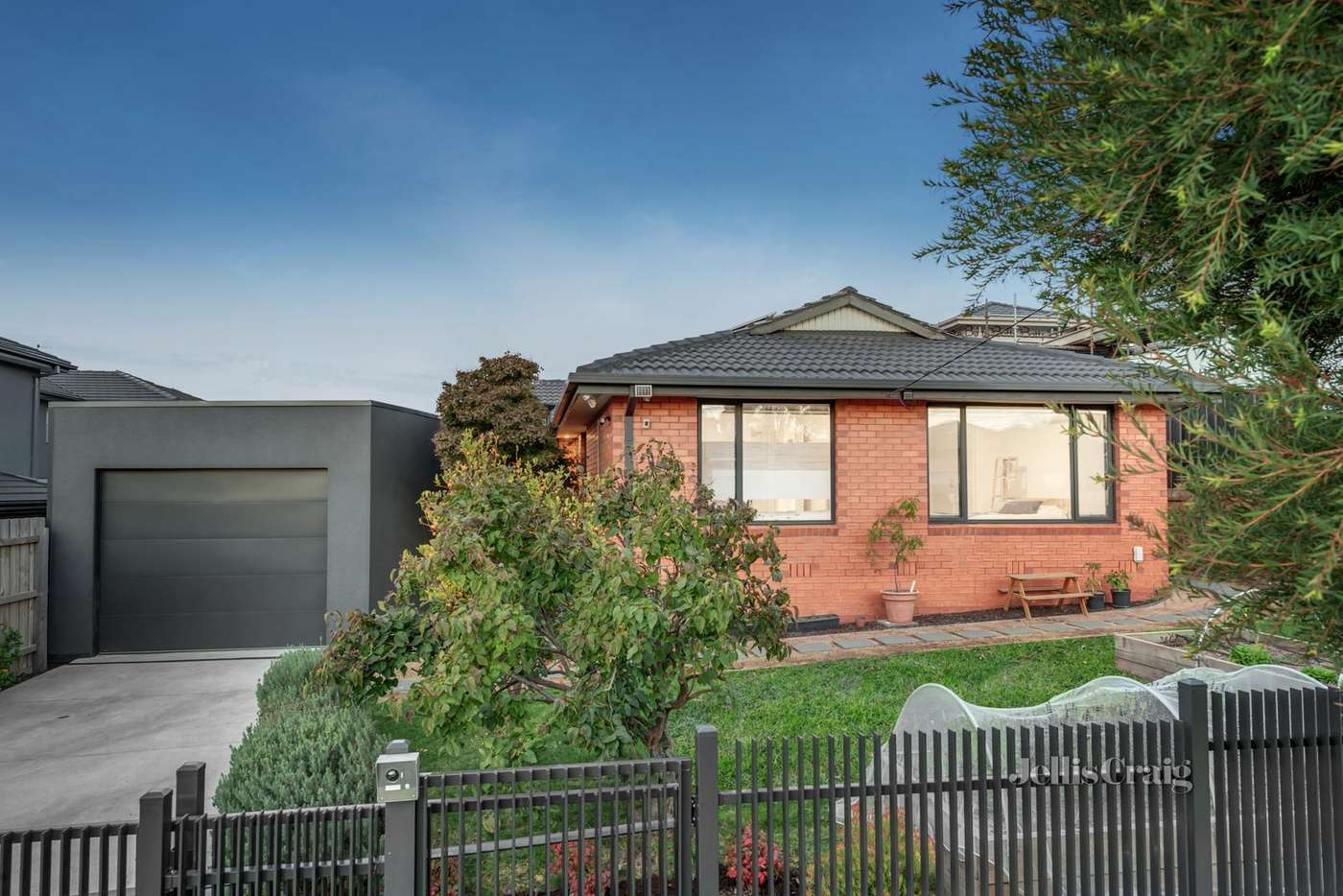 Main view of Homely house listing, 2 Cremin Court, Mount Waverley VIC 3149