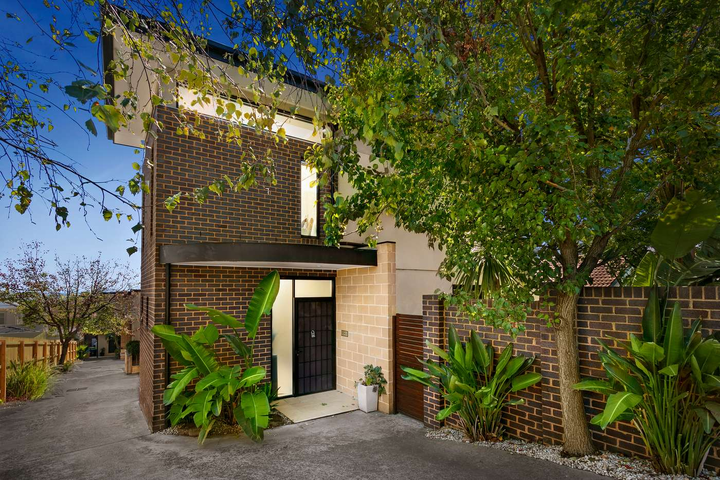 Main view of Homely house listing, 1/383 Upper Heidelberg Road, Ivanhoe VIC 3079