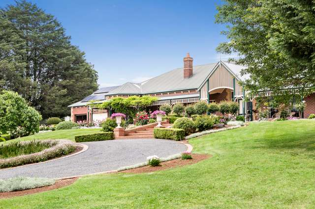 30 Aitken Road, Wandin East VIC 3139