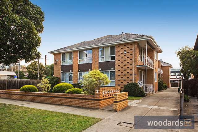 8/3 Rosedale Avenue, Glen Huntly VIC 3163
