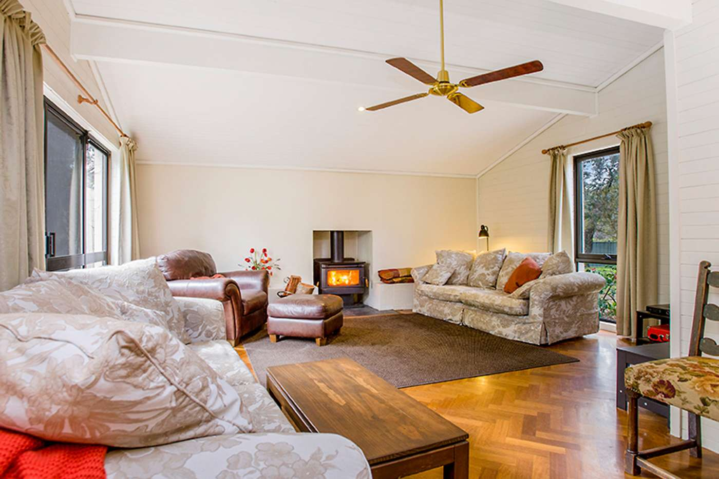 Fifth view of Homely house listing, 2 Centenary Avenue, Macedon VIC 3440