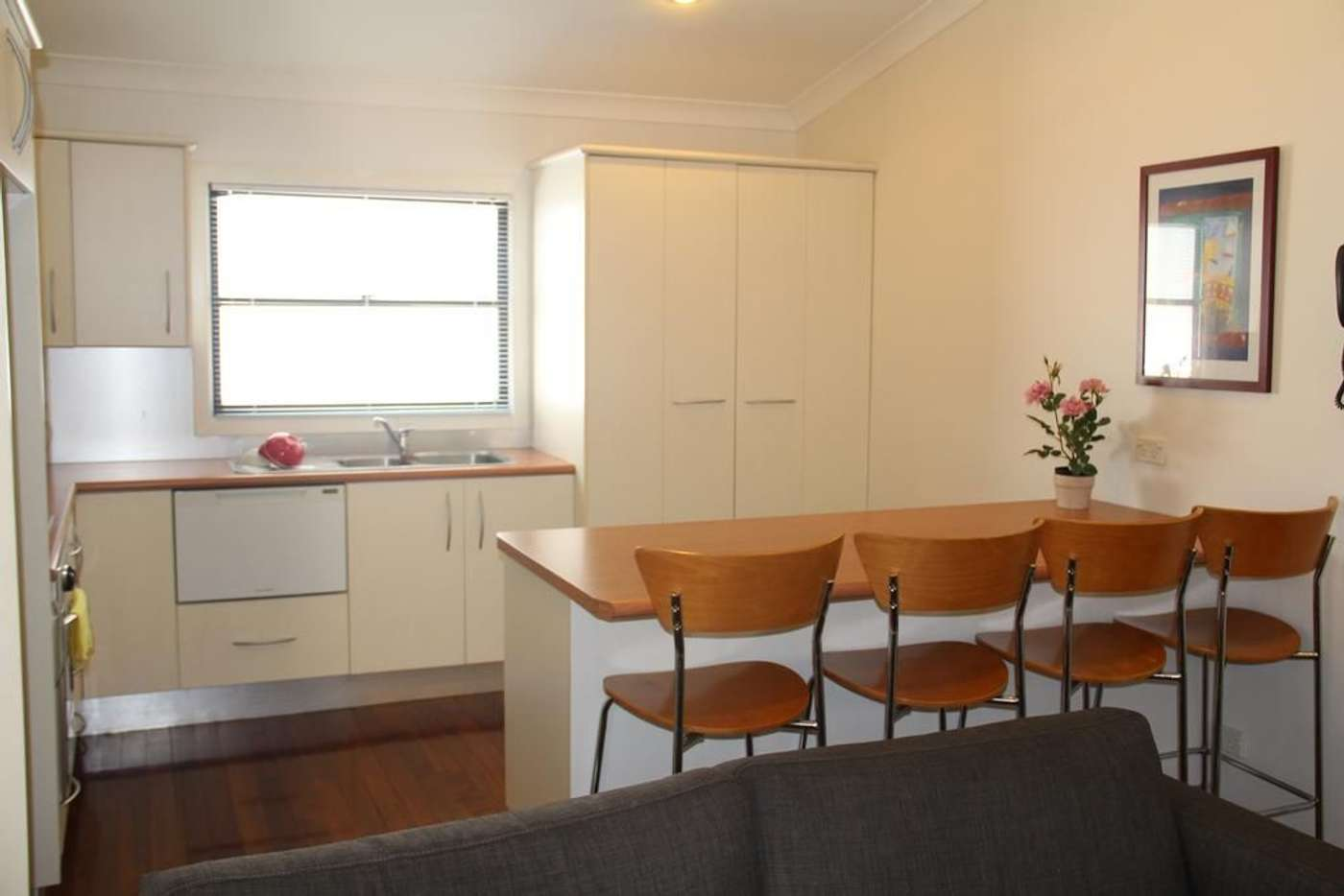 Main view of Homely unit listing, 2/80 Racecourse Road, Hamilton QLD 4007