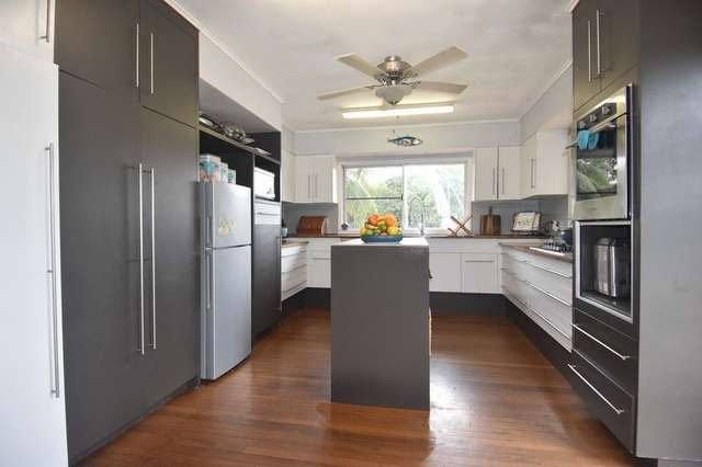 9 Butler Road, Bingil Bay QLD 4852
