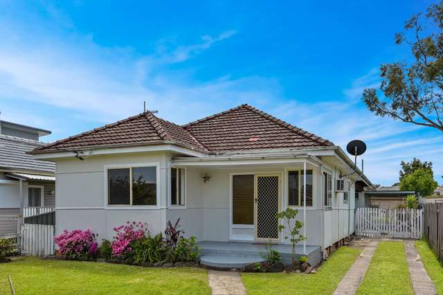 65 Beach Street, Ettalong Beach NSW 2257