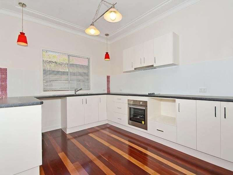 Main view of Homely house listing, 19 Kensington Avenue, Seven Hills, QLD 4170