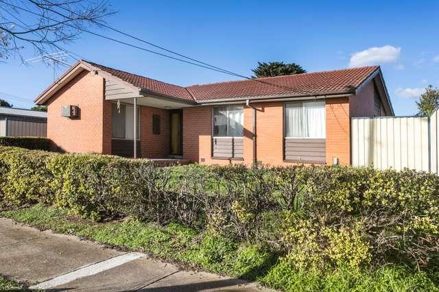 1 Barnes Crescent, Sunshine West VIC 3020