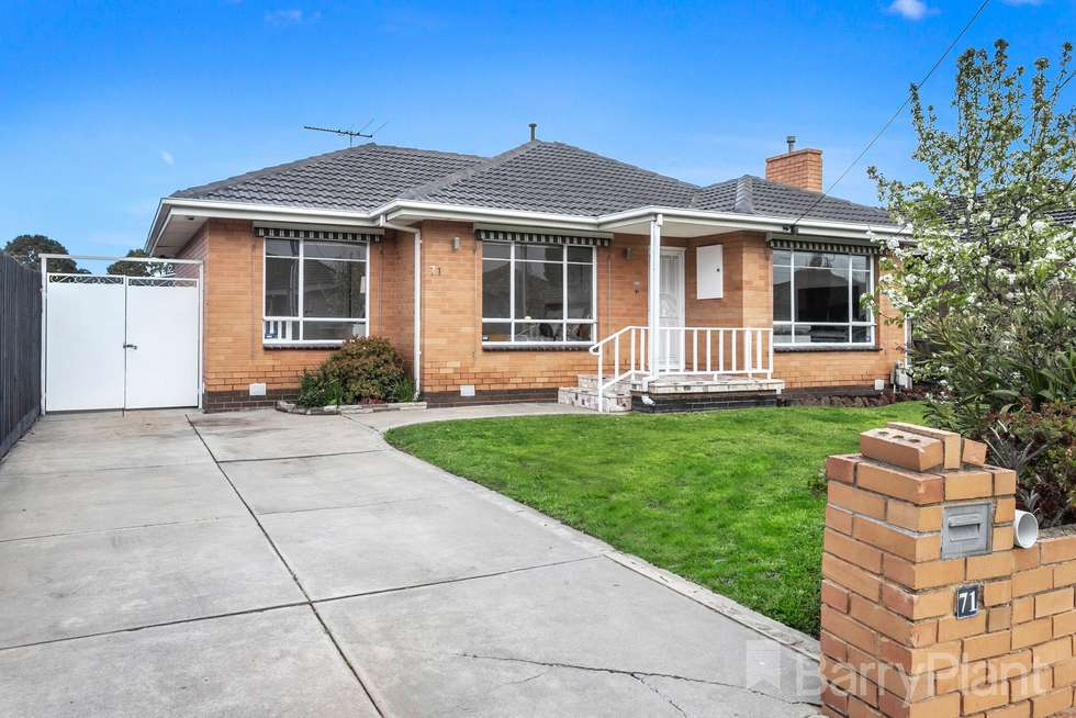 71 Hall Street, Sunshine West VIC 3020
