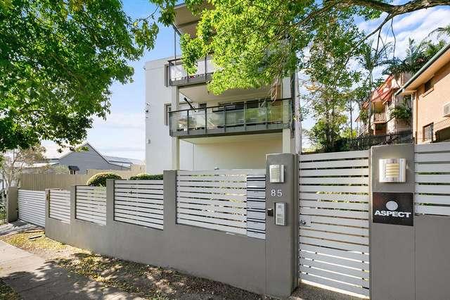 3/85 Lower Cairns Terrace