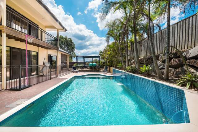 2 Welumba Close, Pacific Pines QLD 4211