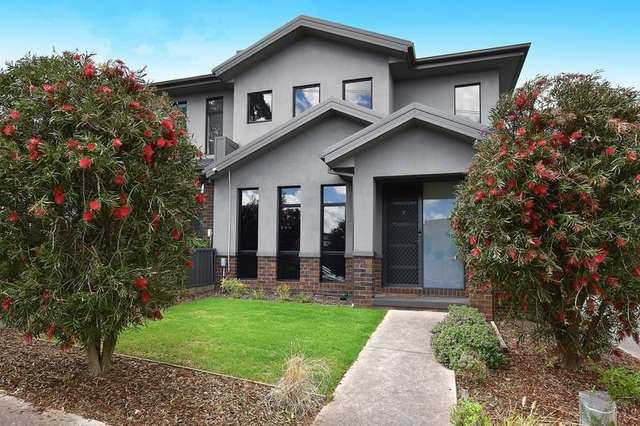 2/88A Cooper Street, Essendon VIC 3040