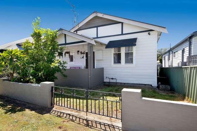 11 Clara Street, Mayfield East NSW 2304
