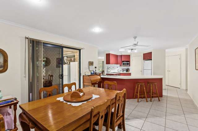 4 Helen Court, Regency Downs QLD 4341