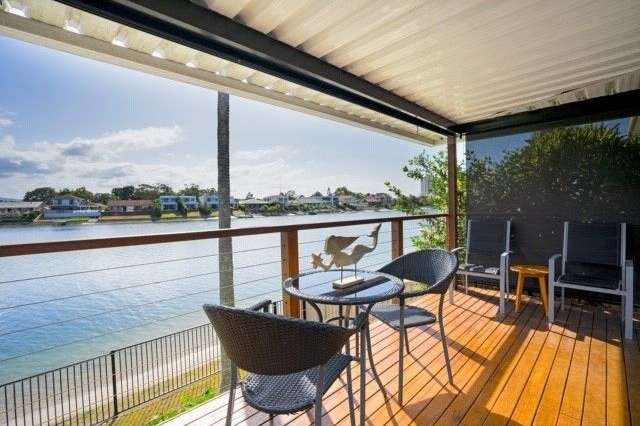 4/12 Aquila Court, Mermaid Waters QLD 4218
