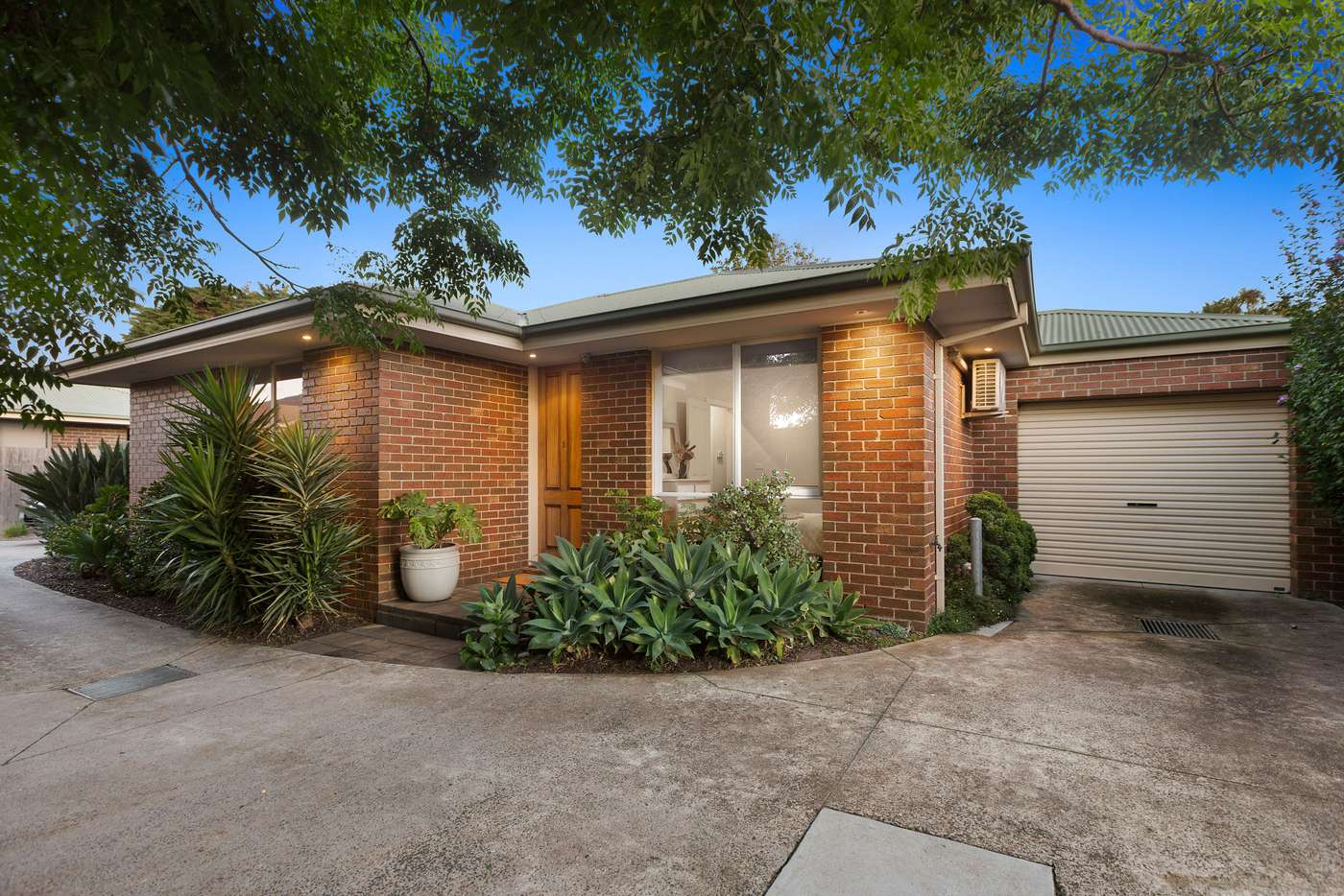 Main view of Homely unit listing, 2/13 Myola Street, Carrum VIC 3197