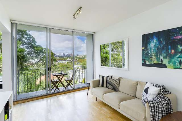 2/19 Eastbourne Road, Darling Point NSW 2027