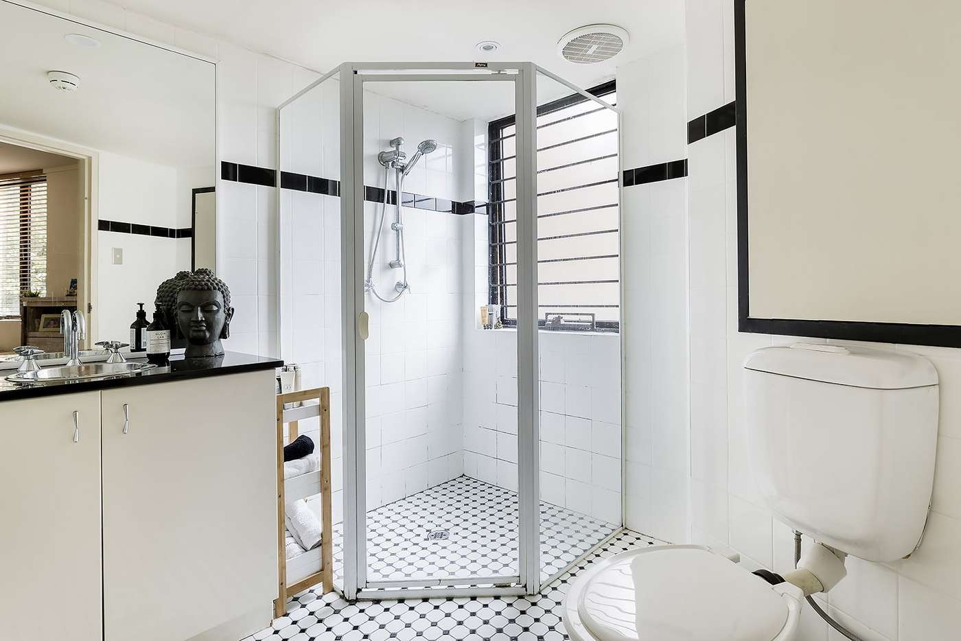 Fifth view of Homely apartment listing, 109/6-8 Ward Avenue, Potts Point NSW 2011