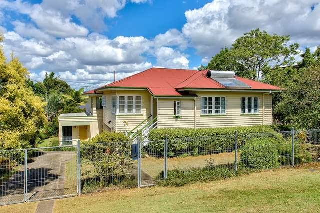 50 Aveling Street, Wavell Heights QLD 4012