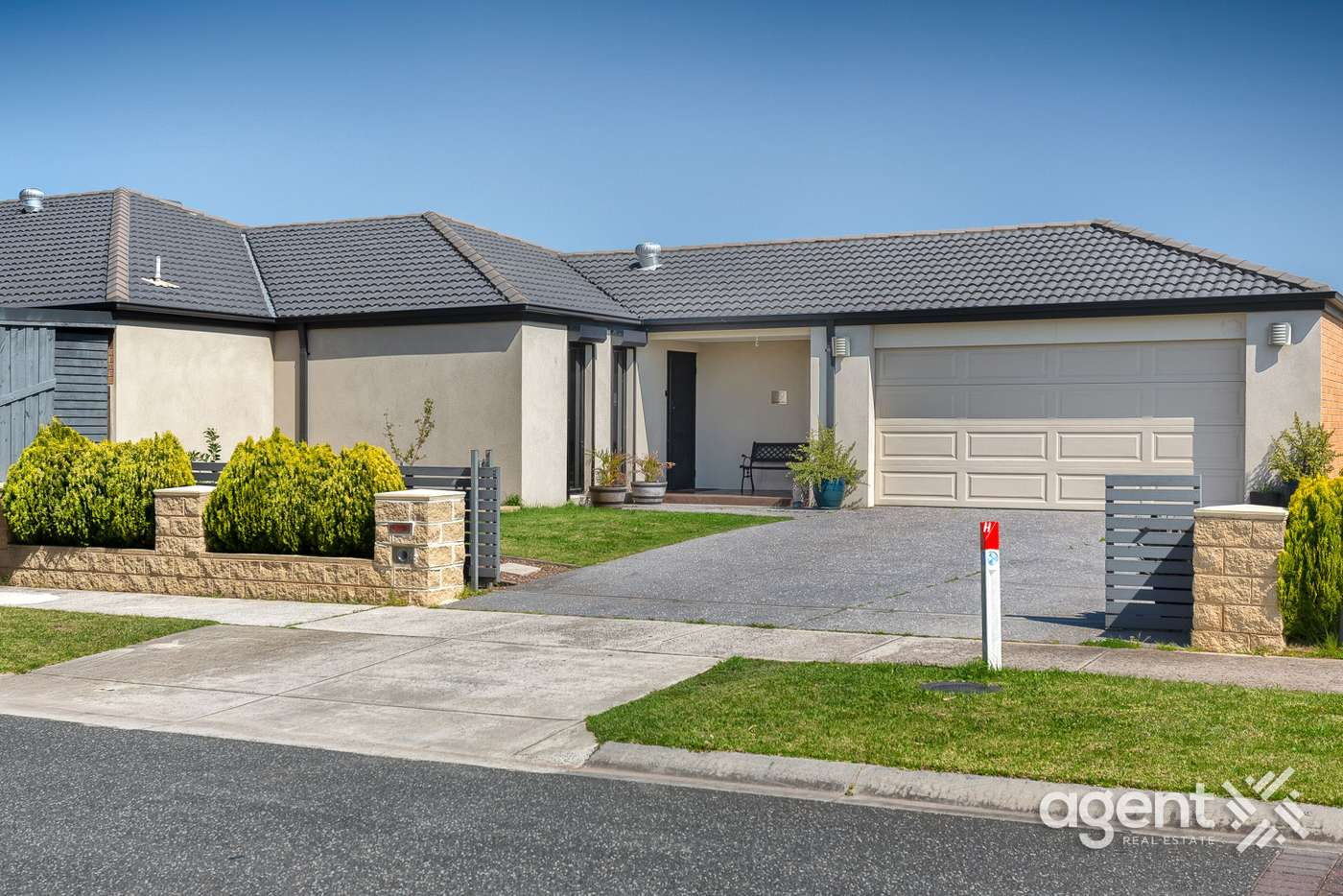 Main view of Homely house listing, 39 Belvedere Drive, Pakenham VIC 3810