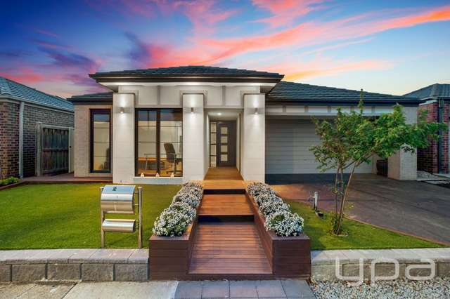 27 Baltic Circuit, Point Cook VIC 3030