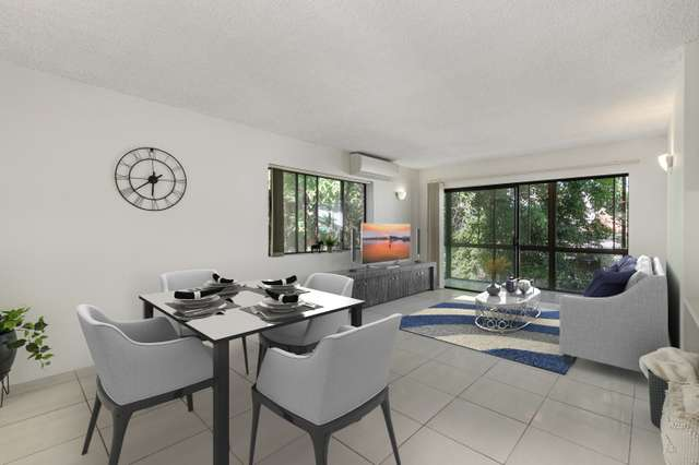 2/222 Sir Fred Schonell Drive, St Lucia QLD 4067