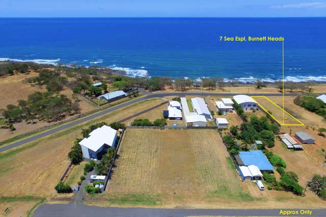 7 Sea Esplanade, Burnett Heads QLD 4670