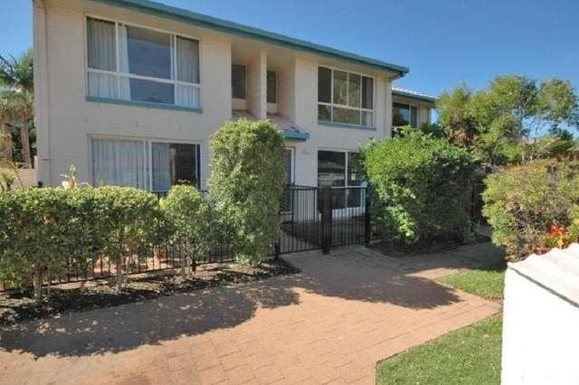 2/96 Amarina Avenue, Mooloolaba QLD 4557