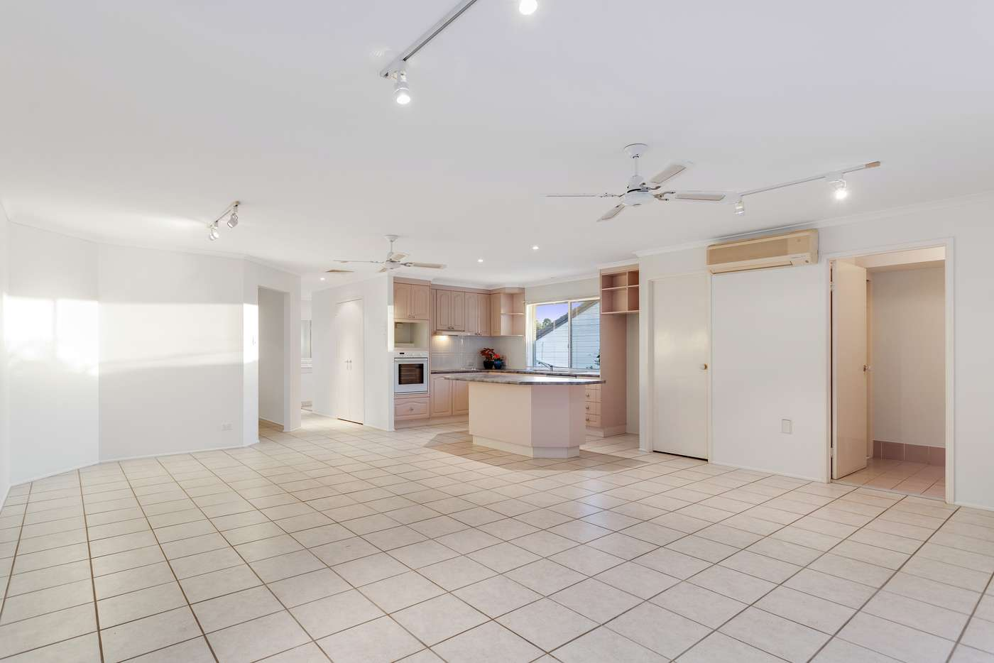 Sixth view of Homely house listing, 7 Lambourn Street, Chapel Hill QLD 4069