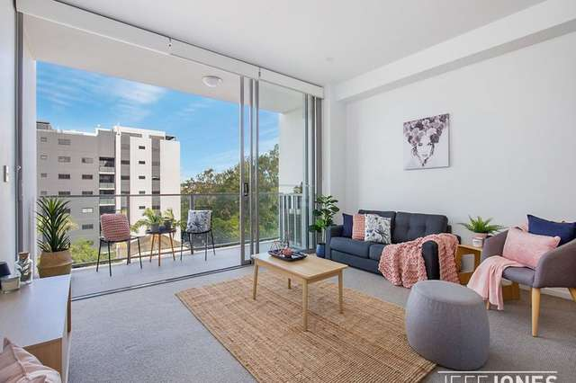 611/54 Lincoln Street, Greenslopes QLD 4120