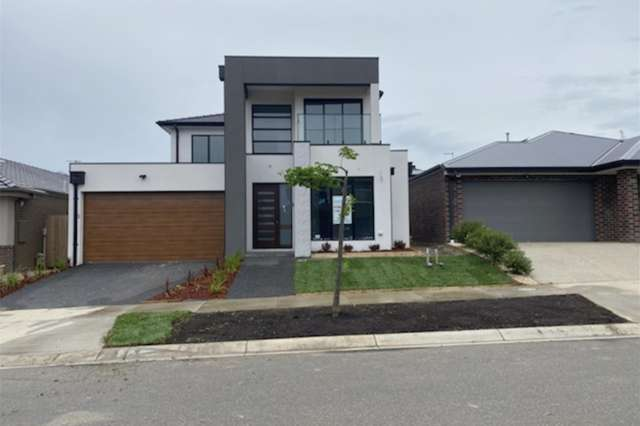 30 Aspire, Clyde North VIC 3978