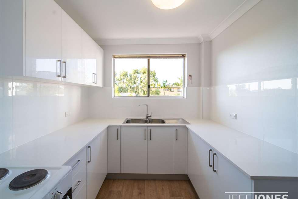 Second view of Homely unit listing, 6/24 Carl Street, Woolloongabba QLD 4102