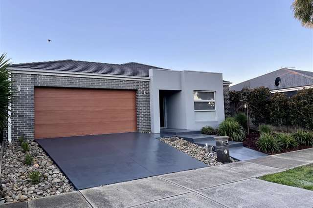 74 The Parade, Wollert VIC 3750