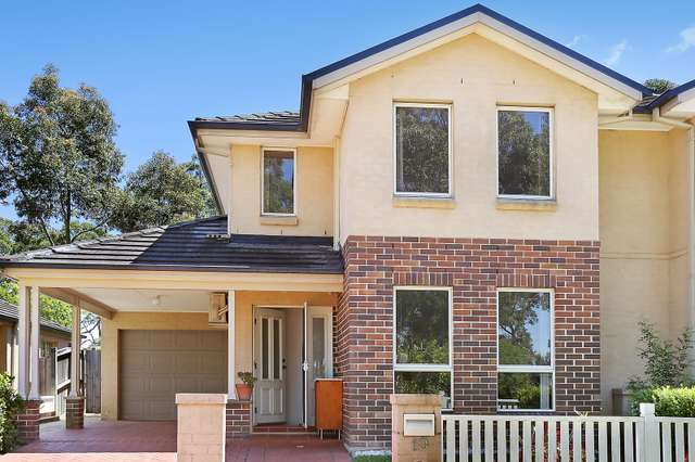 10 Governors Way, Oatlands NSW 2117