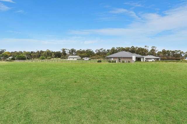 49 Twin Creeks Drive, Luddenham NSW 2745