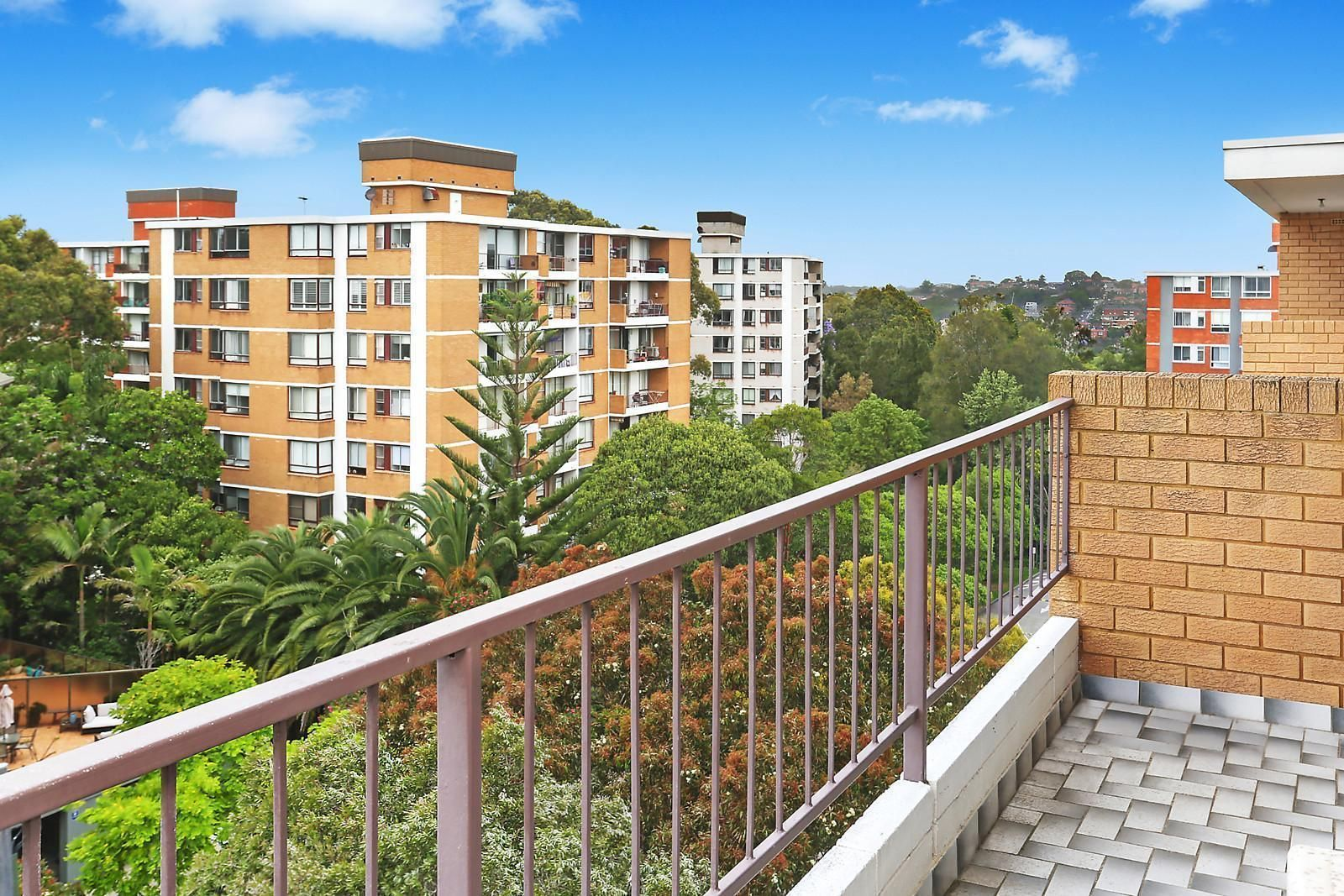 8G/4 Bligh Place