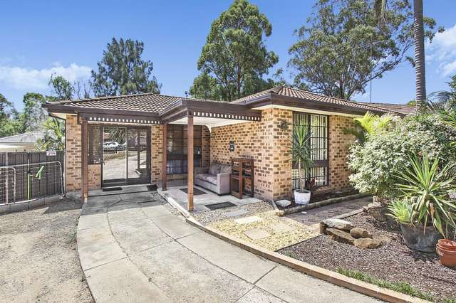 5 Scully Place, Mount Annan NSW 2567
