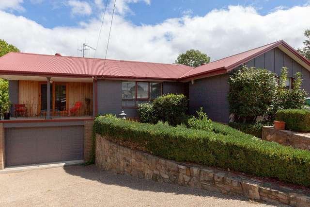 10 Sorrell Place, Karabar NSW 2620