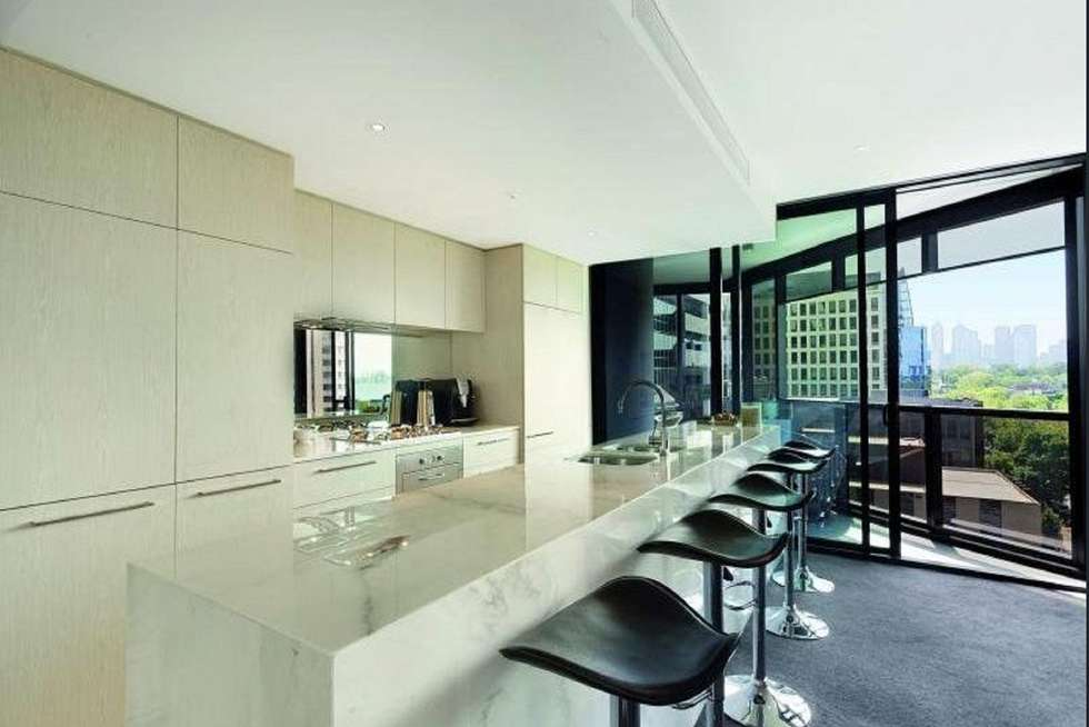 Fourth view of Homely apartment listing, 1004/454 St Kilda Road, Melbourne VIC 3004