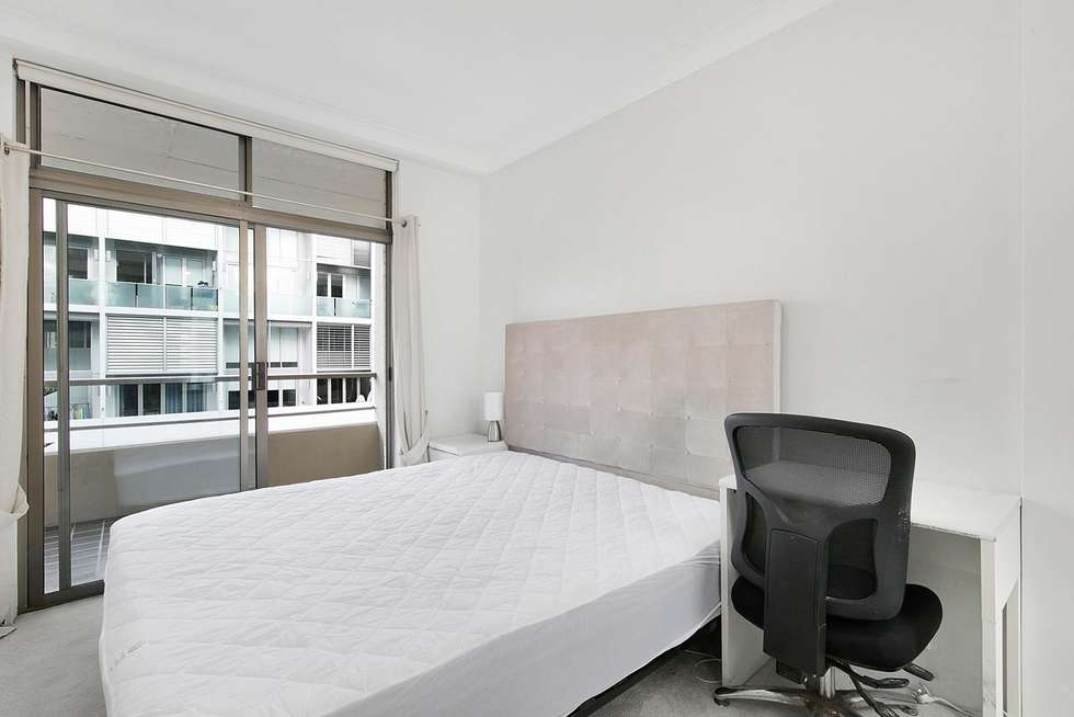 Third view of Homely apartment listing, 6/5 Wentworth Street, Manly NSW 2095