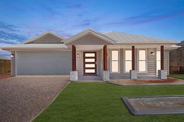 117 Cronin Road, Highfields QLD 4352