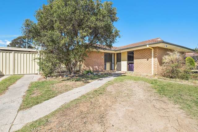 13 Singleton Crescent, Oxley ACT 2903