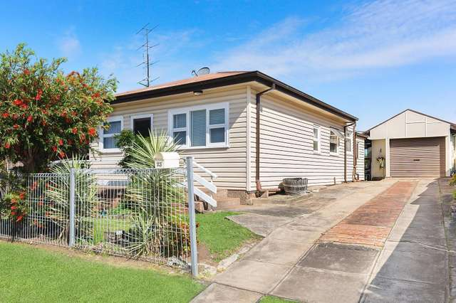 23 Bethlehem Street, Cringila NSW 2502