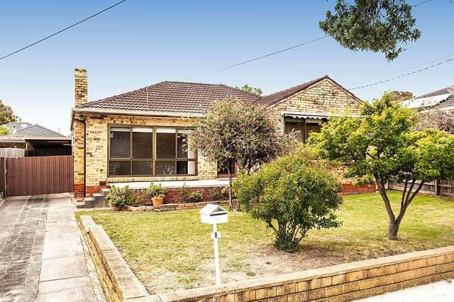 8 Romoly Drive, Forest Hill VIC 3131