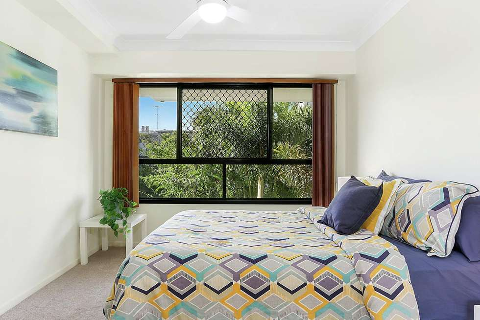 Fourth view of Homely unit listing, 5/60 Sherwood Road, Toowong QLD 4066