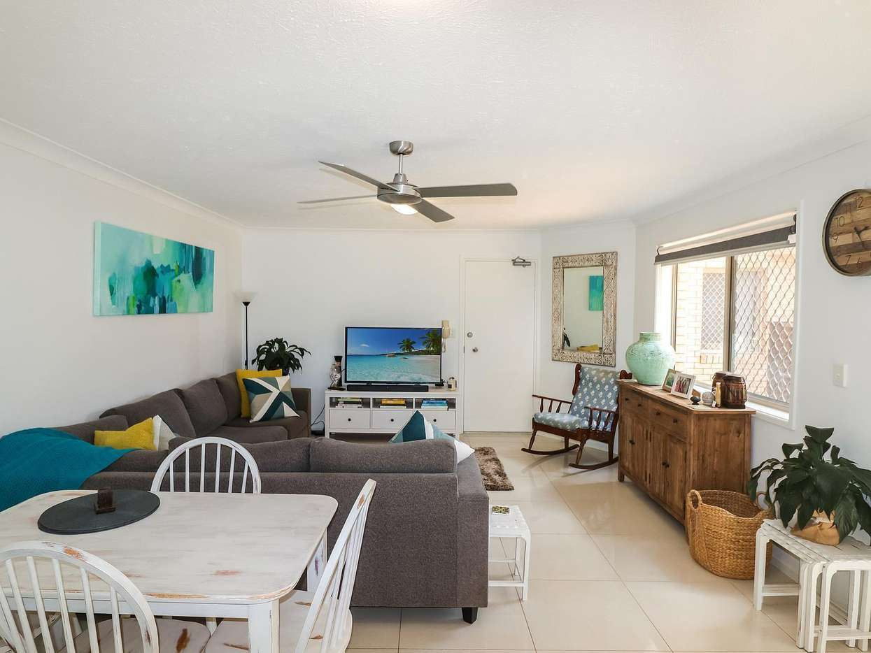 Main view of Homely apartment listing, 2/2032 Gold Coast Highway, Miami, QLD 4220
