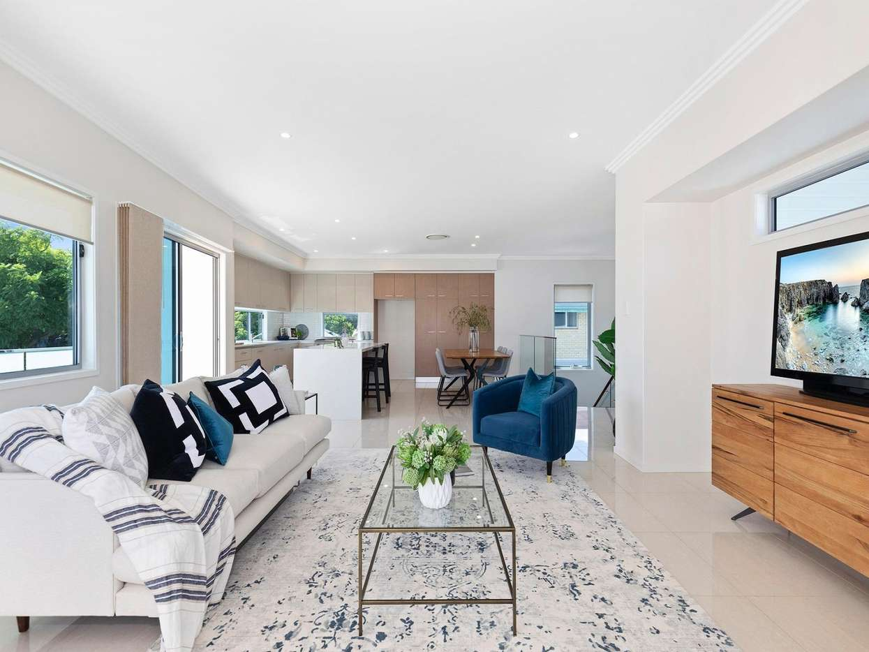 Main view of Homely townhouse listing, Cambridge Street, Bulimba, QLD 4171
