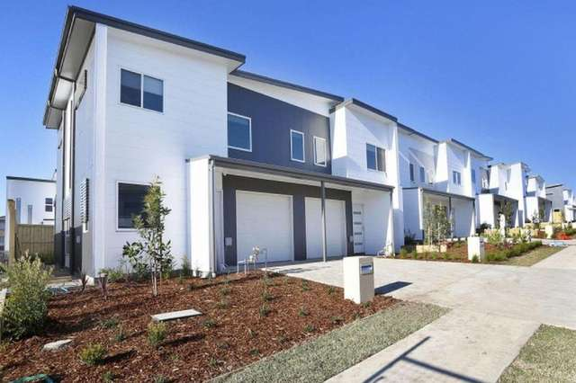 10/73 Sovereign Circuit, Glenfield NSW 2167