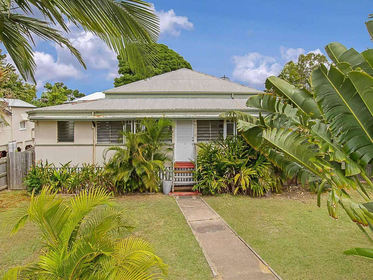 Main view of Homely house listing, 12 Philp Street, Hermit Park, QLD 4812