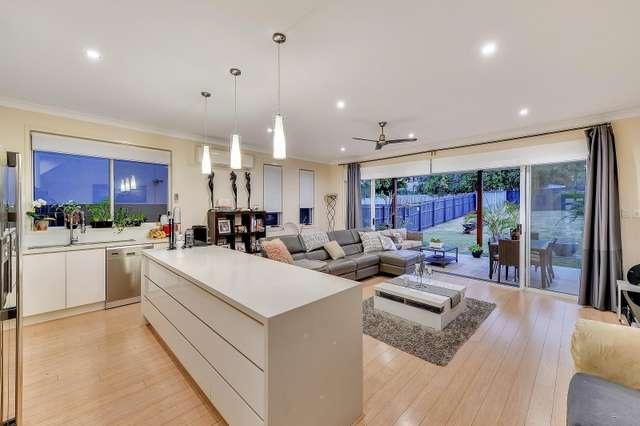 10 McCurley Street, Wynnum West QLD 4178